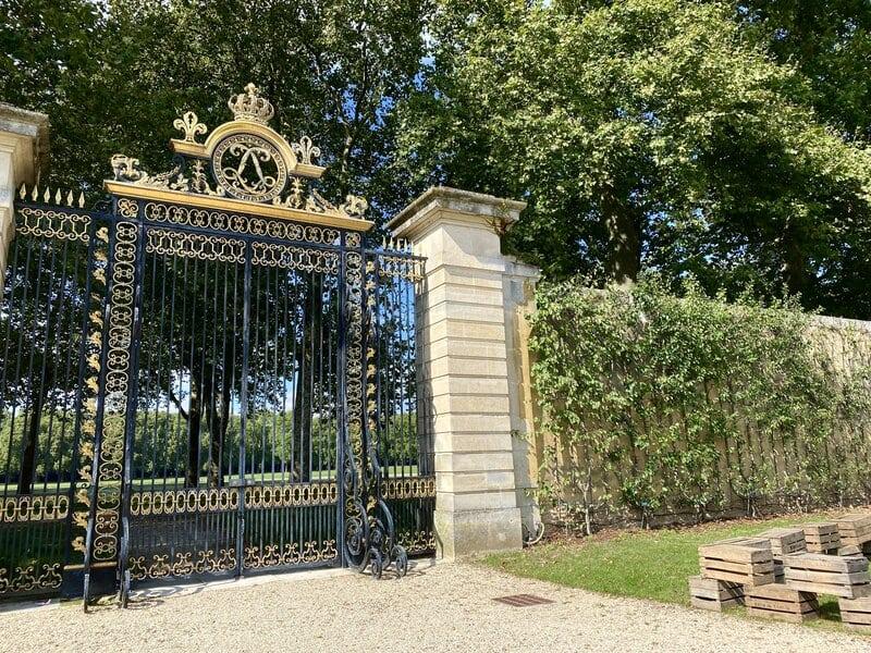 versailles royal gates