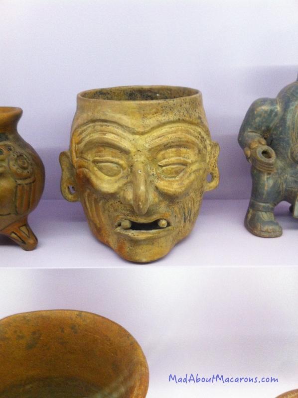 Drinking pots Aztec period - Paris Chocolate Museum