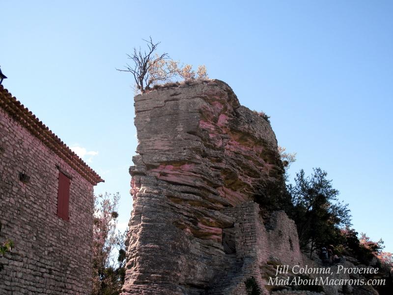 Back of the rock Saignon Provence