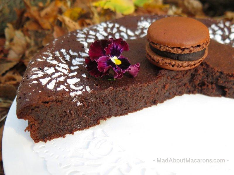 Chocolate Ginger Fondant Cake