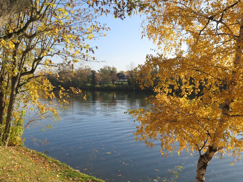 Renoir Tour Chatou Carrieres Sur Seine Walk