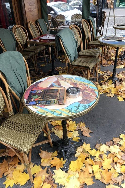 Montmartre café autumn