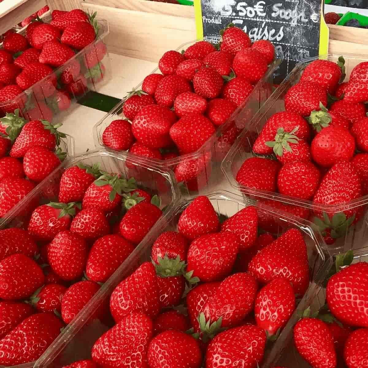 french market strawberries